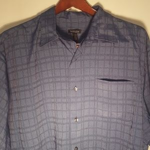 Other - Men's nice button up size extra large shirt
